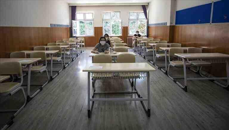 5 sınıf daha bugün okula dönüyor
