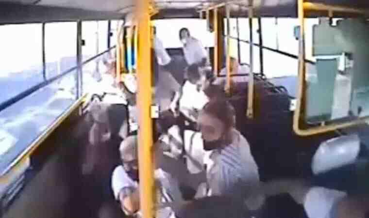 Halk otobüsünde dehşet anları!