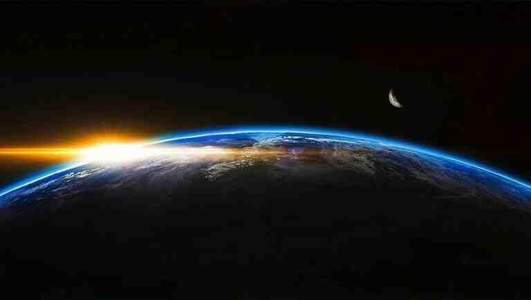 """""""Rus uydusu ile Çin roketi çarpışabilir"""""""