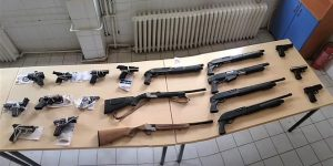 62 şüphelinden 63 silah ele geçirildi