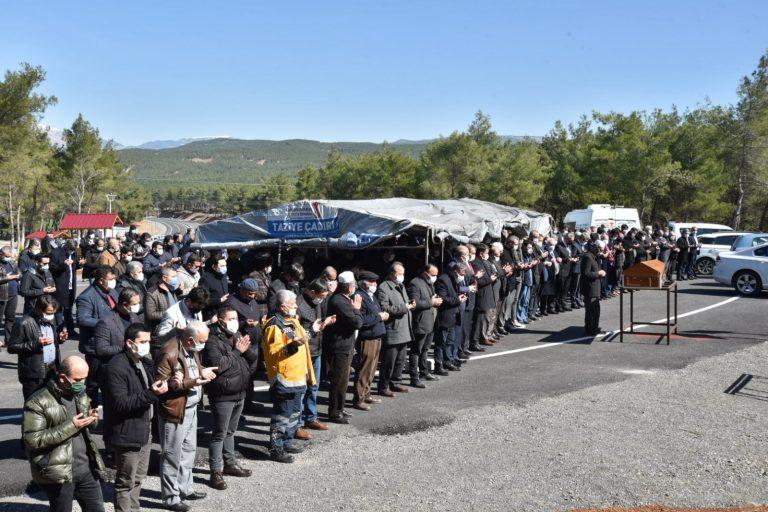 AK Parti İlçe Başkanı Mücahit Kara'nın acı günü