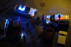 Kısıtlamayı ihlal etti polisle tartıştı gözaltına alındı