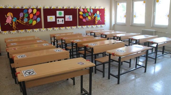 Kahramanmaraş'ta okul müdürü korona virüse yenildi
