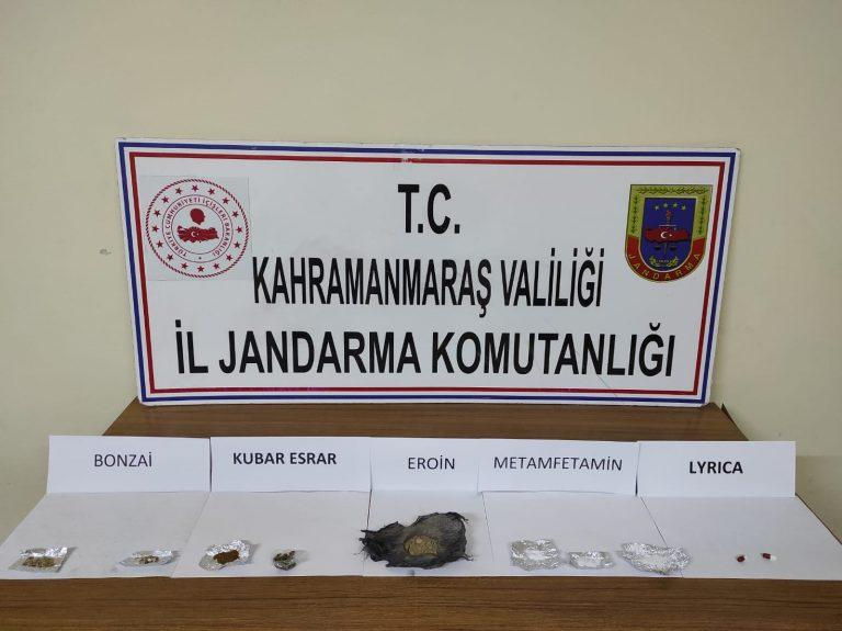 Jandarma uyuşturucu tacirlerine göz açtırmadı