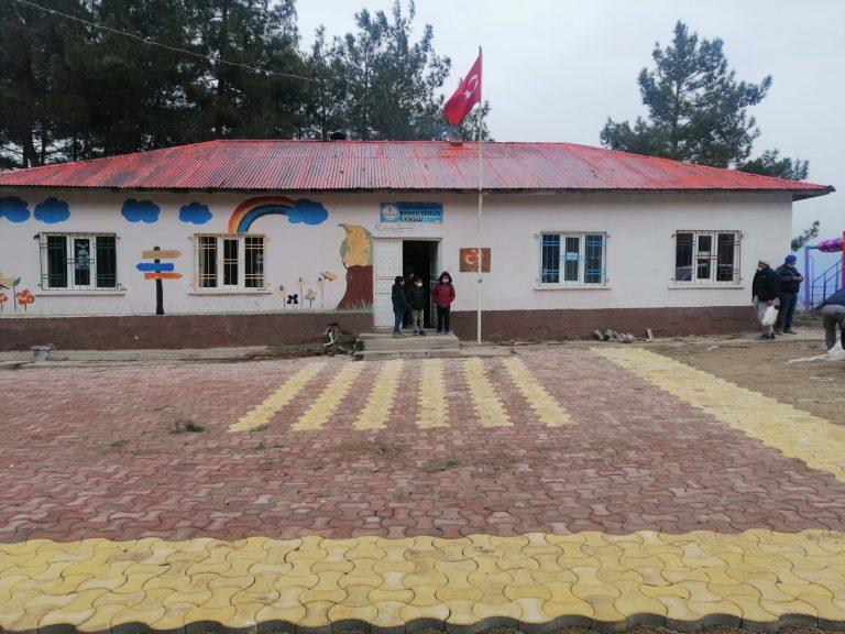 Dulkadiroğlu Belediyesi okul çevrelerini düzenledi