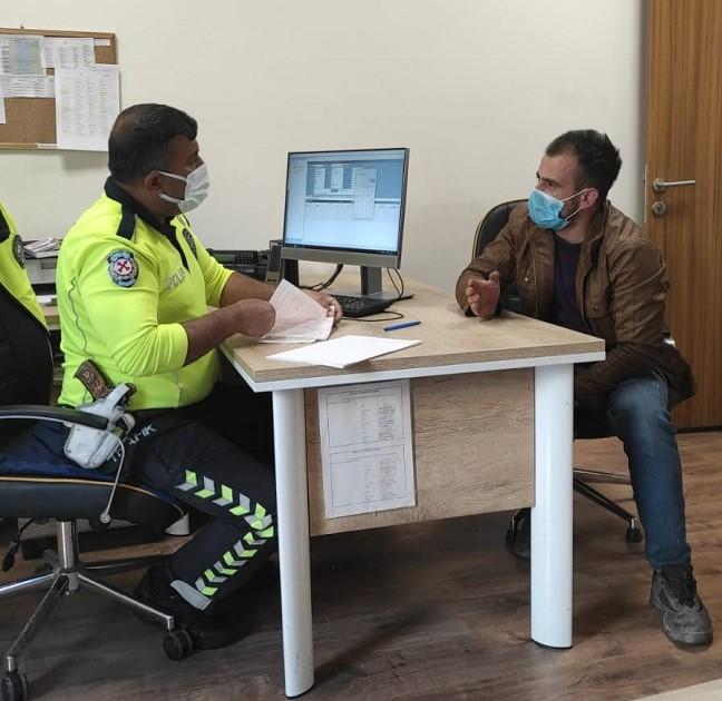 Tehlikeli yolcu taşıyan sürücüye bin 537 TL ceza