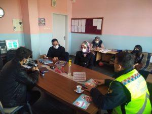 Jandarma'dan öğrencilere trafik semineri