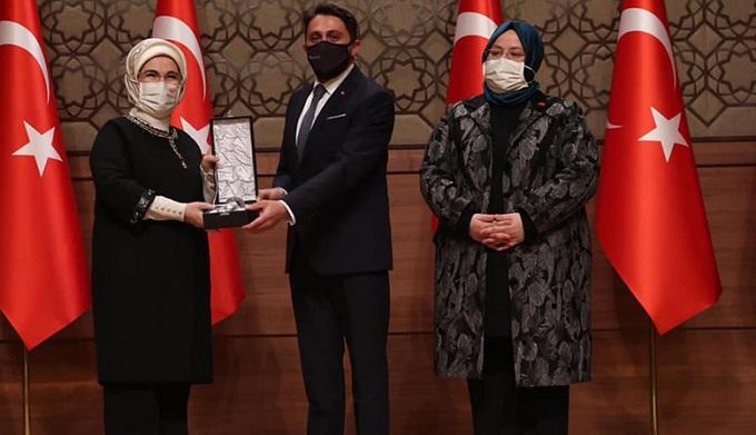 Bayan Erdoğan'dan Kahramanmaraş'a ödül