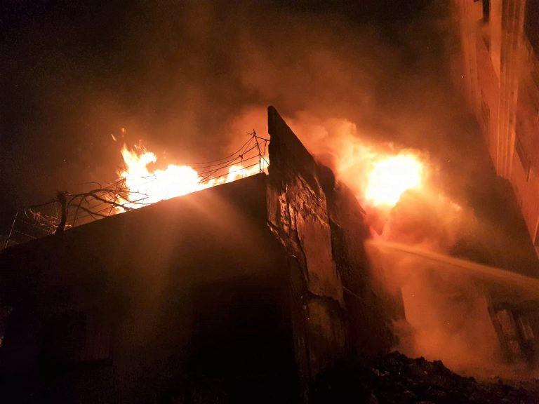 Kahramanmaraş'ta kağıt toplama merkezinde yangın