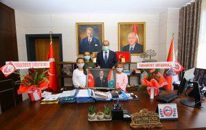 Miniklerden İl Emniyet Müdürü Cebeloğlu'na Ziyaret