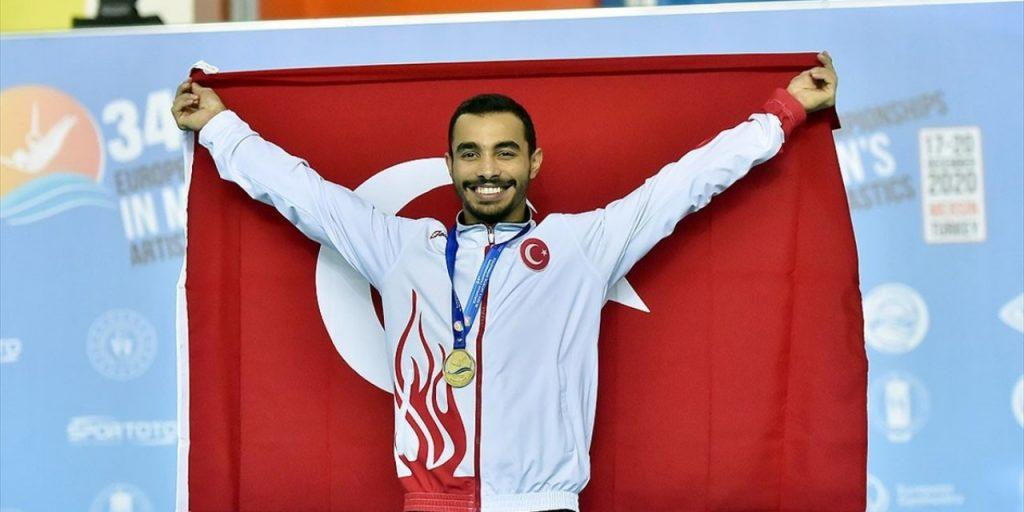 Milli Cimnastikçi Ferhat Arıcan'dan Altın Madalya
