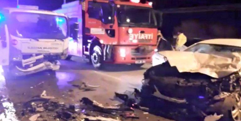 Çöp kamyonu ile otomobil çarpıştı: 1 yaralı