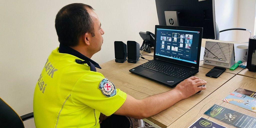Kahramanmaraş İl Emniyet Müdürlüğü Ekipleri Eğitimlerini Çevrimiçi Sürdürüyor