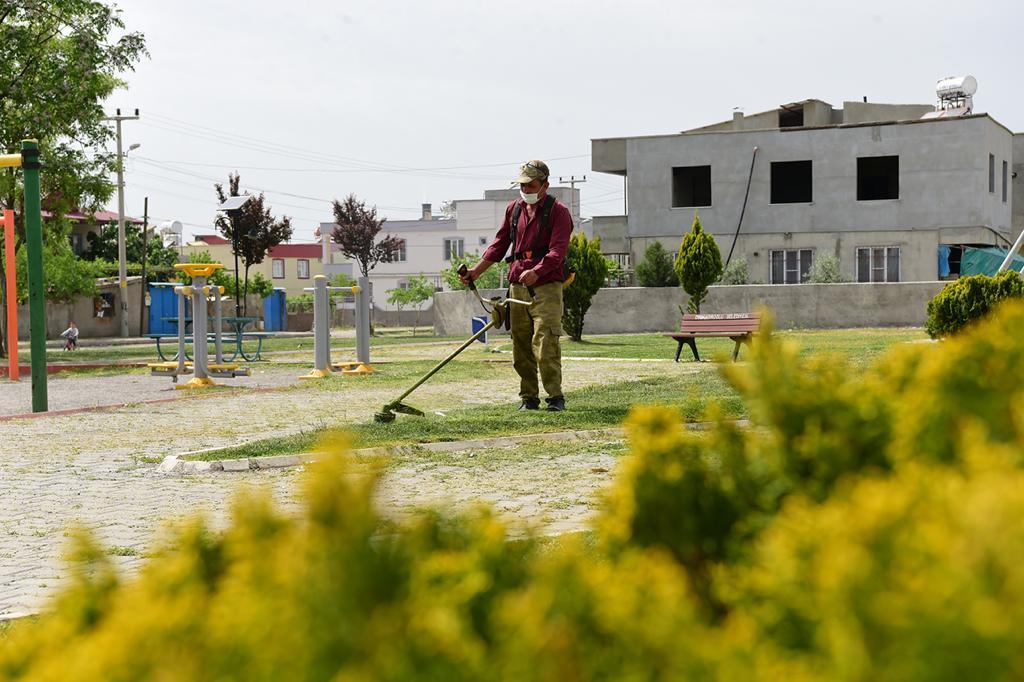 Park Ve Bahçeler Yaza Hazır