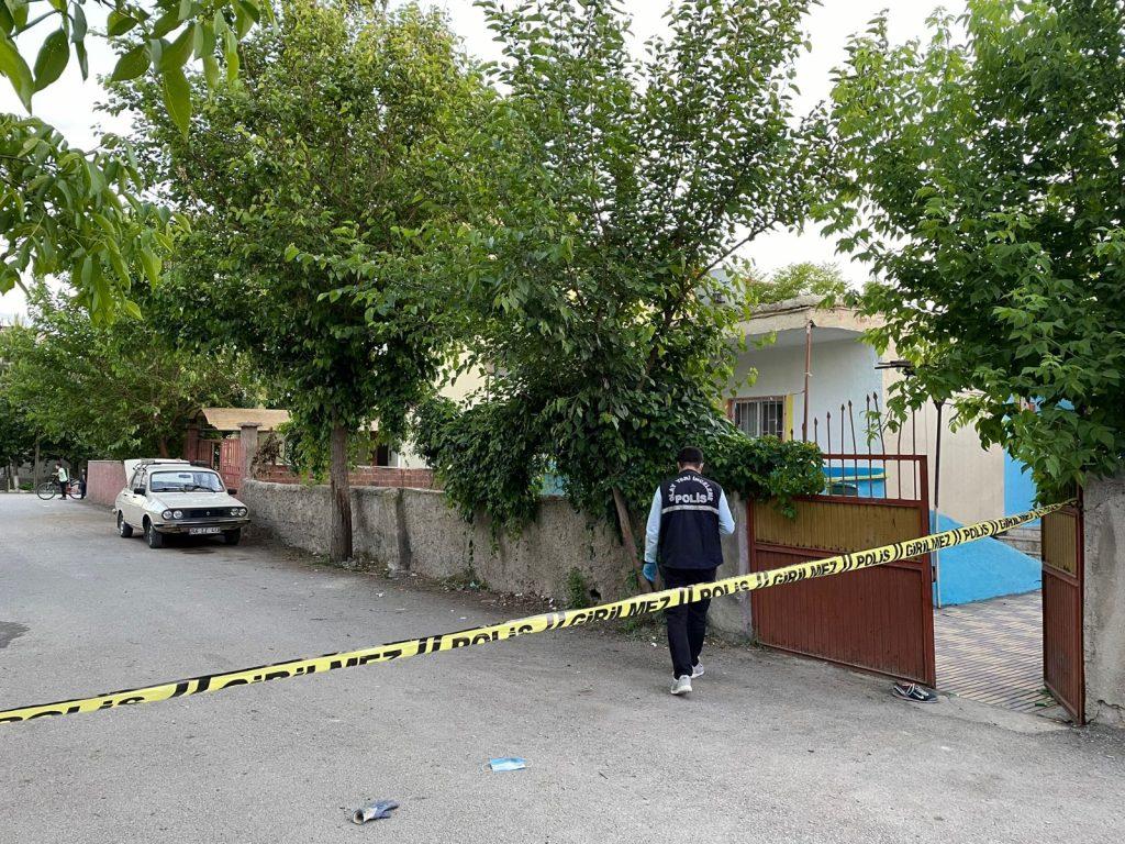 Kahramanmaraş'ta Silahlı Saldırgan Pompalı Tüfekle Dehşet Saçtı!
