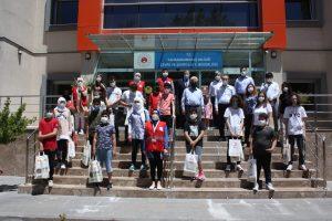Kahramanmaraş'ta Çocuklar Atık Kutularından Kağıt Üretti