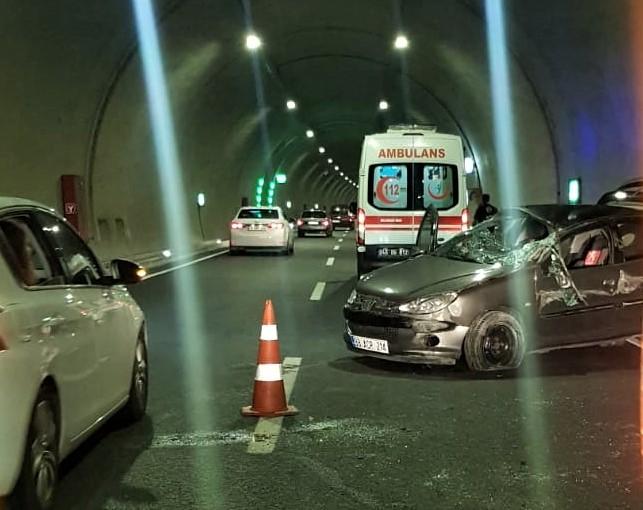 Tünelde Kaza, 2 Yaralı