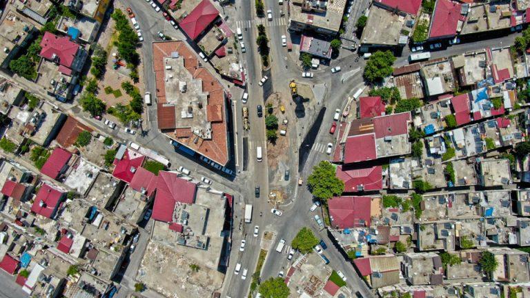 O Bölgede Trafik Akışı Düzenleniyor