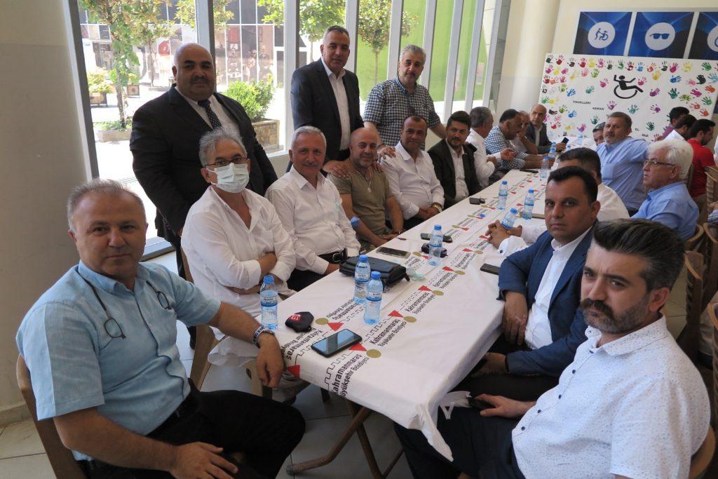 Dulkadiroğlu Muhtarlar Derneği Başkanı Resul Aslanhan güven tazeledi