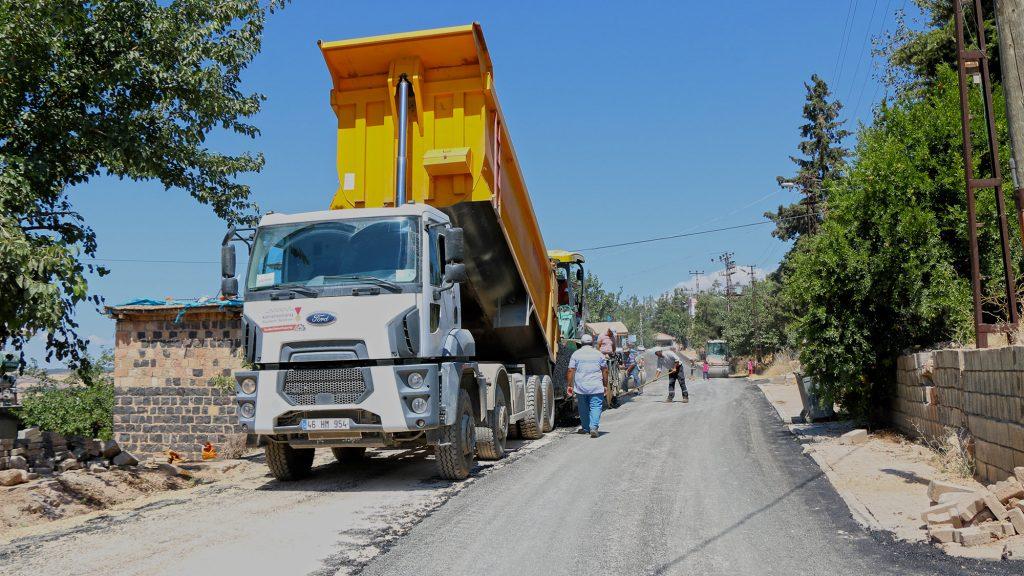 Pazarcık'ın Yollarını Büyükşehir Yeniledi