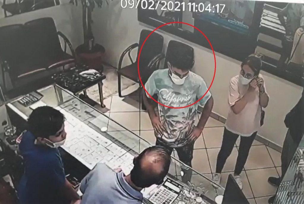 Kahramanmaraş'ta kapkaççı camide yakalandı